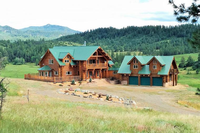 Luxury Homes Ranch & Farm Homes