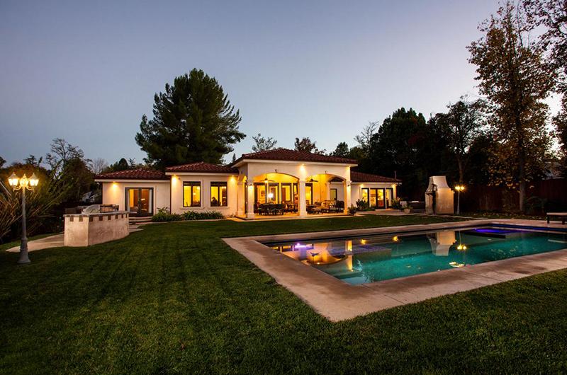 Real Estate Woodland Hills